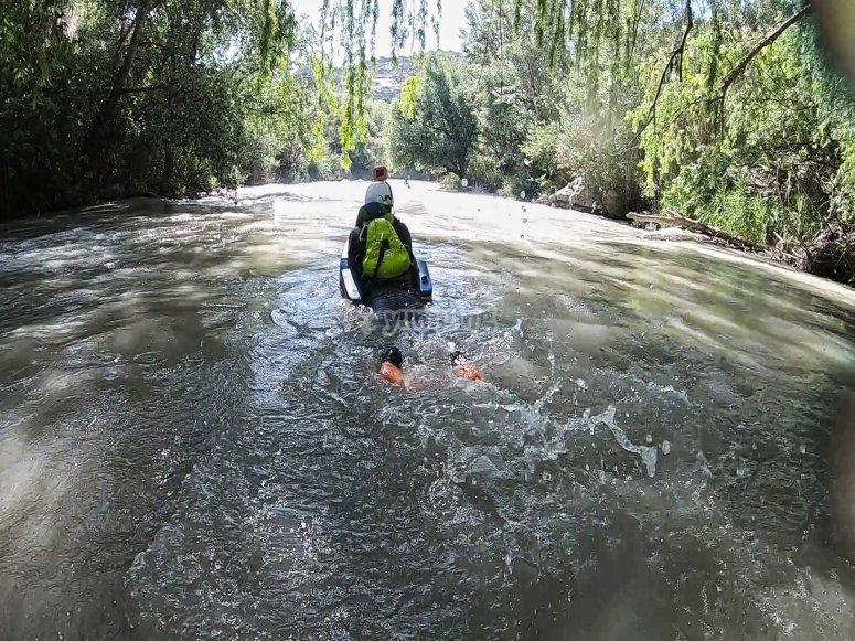 Hidrospeed en el río Genil