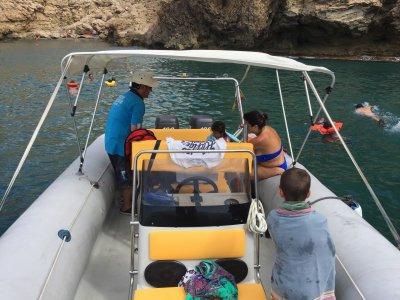 Excursión en barco a cala de San Pedro 3 horas
