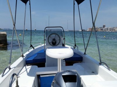 4h boat renting without captain in Ibiza