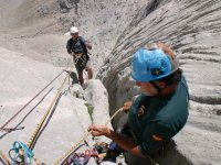Securing in the Naranjo de Bulnes
