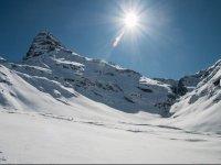 内华达山脉的晴天