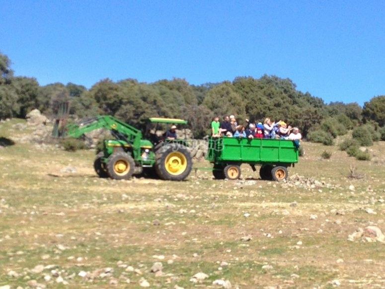 Paseo en tractor