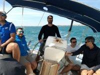 帆船租赁在BahíadeCádiz8小时