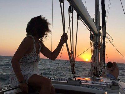 Un día en velero en la bahía de Cádiz y paella 8h