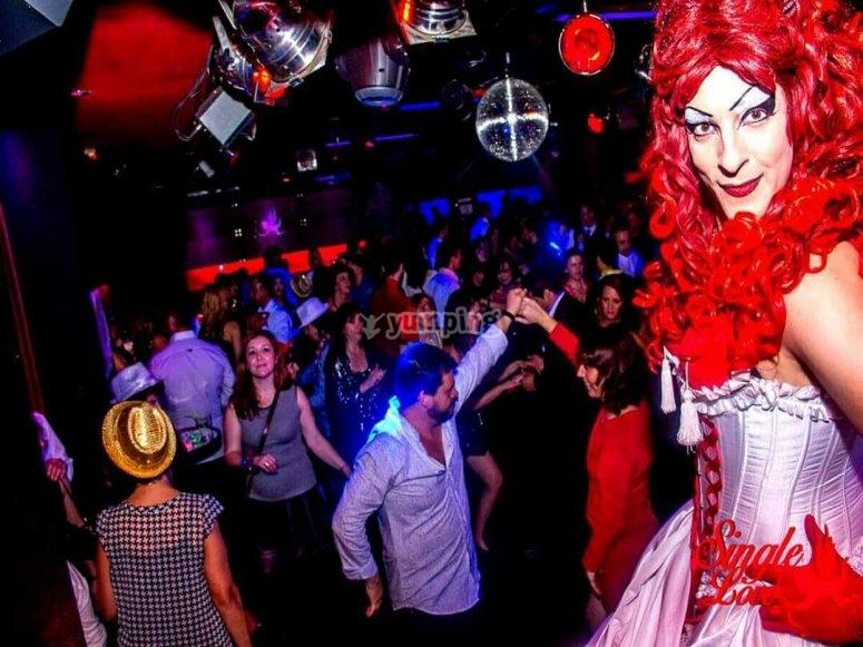 Show nocturno con Drag Queen