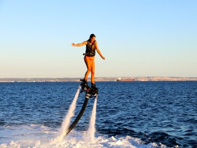 Port Calanova的Flyboard课程15分钟