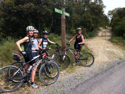 Alquiler mountain bike con doble suspensión Girona