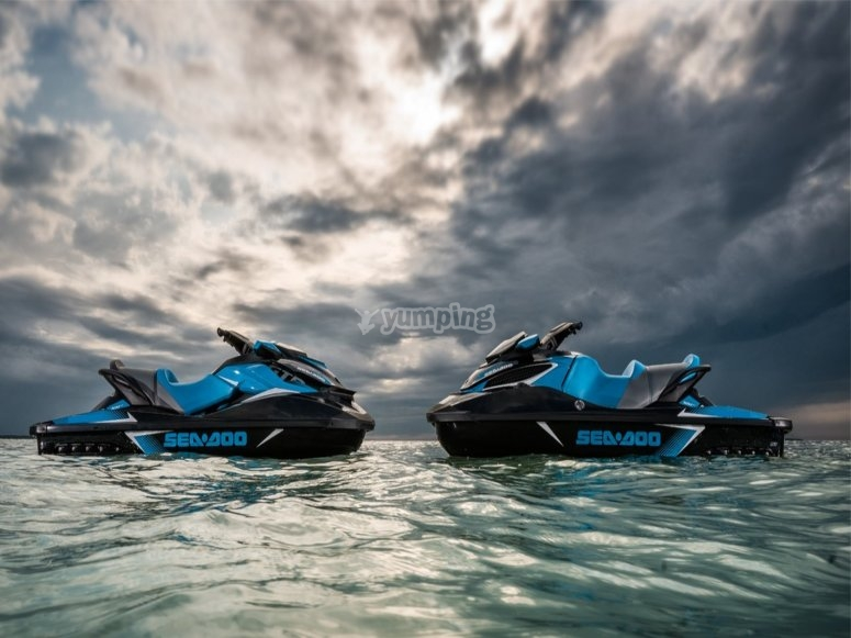 Motos de agua modelo Seadoo
