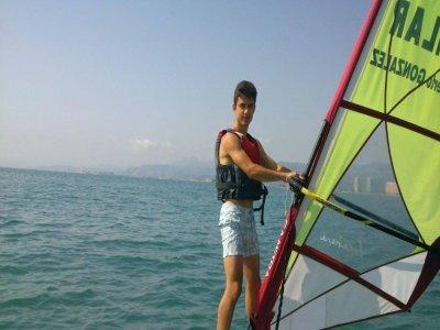 在库列拉5天的风帆冲浪启动课程