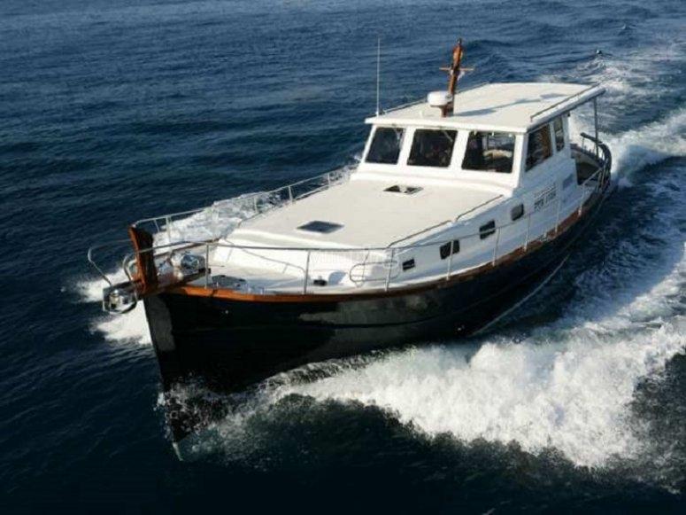 Paseo en Menorquin Yacht
