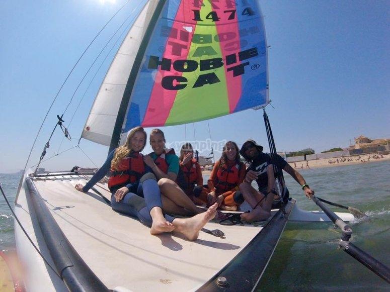 Clase de catamarán en grupo