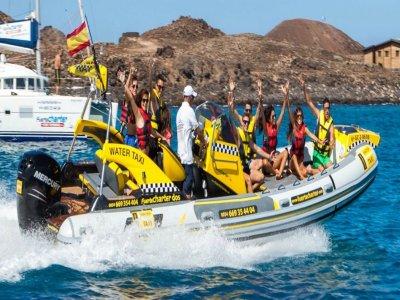Water taxi trip Isla de Lobos adults, 10 min