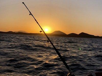 Charter de pesca con comida a Isla de Lobos Niños