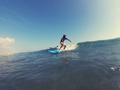 Gandía的私人冲浪课程1小时