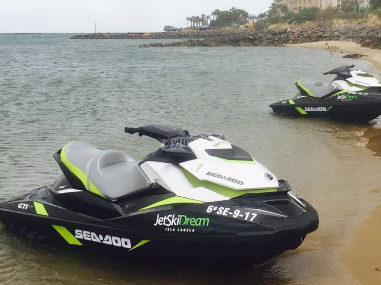 Salida en moto de agua Isla Canela