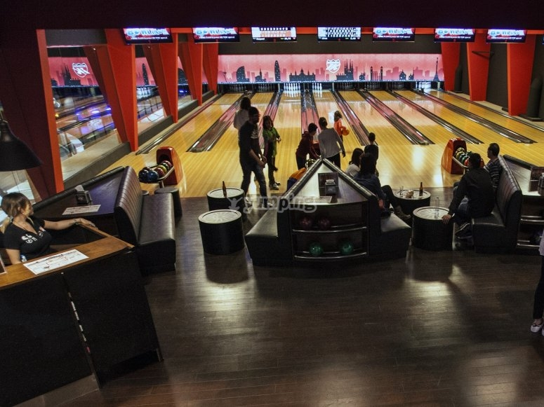 Bowling all'interno del kart