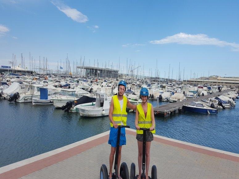Visitando el puerto en segway