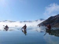 kayak crossing