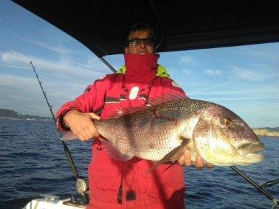 Pesca costera temporada alta 4 horas Ibiza