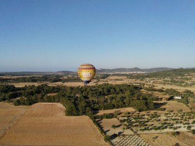 Hhot-air balloon ride in Majorca, breakfast adults