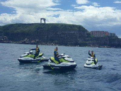 Moto de agua biplaza en Gijón 30 minutos y fotos