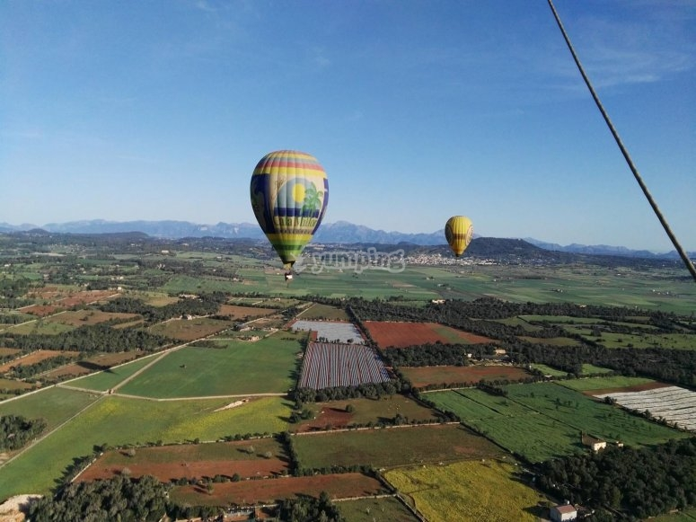 Balloon flight through Mallorca