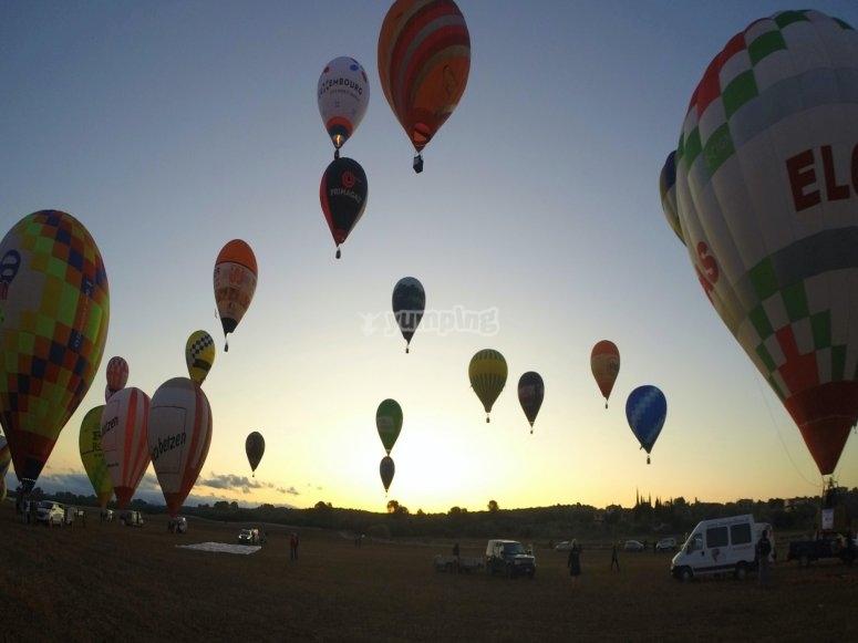 Taking off at sunrise on the balloon