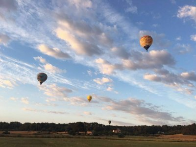 Private balloon flight for 4 people in Mallorca