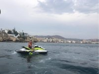 A bordo de la moto de agua