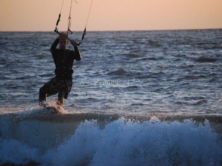 体验风筝冲浪