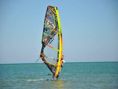 Alquiler material completo windsurf 1h Guardamar
