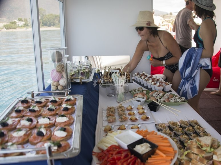 Puedes contratar catering