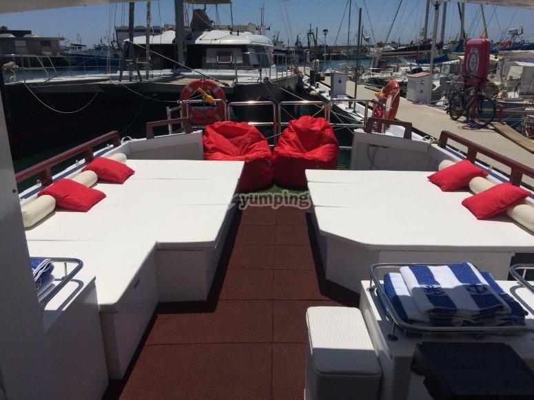 Celebra tu fiesta en el barco