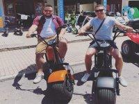 Amigos sobre las scooter electricas