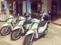 骑摩托车探索马洛卡
