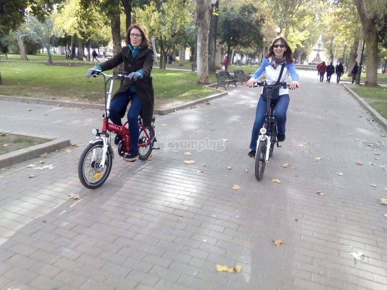 Ride an electric bike in Córdoba