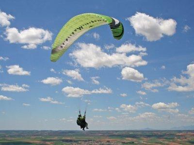 Vuelo aventura acrobacias 25 min + fotos y video