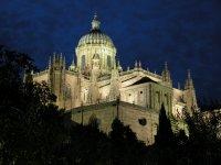 Salamanca Cathedral night.JPG