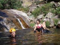 descanso en el rio