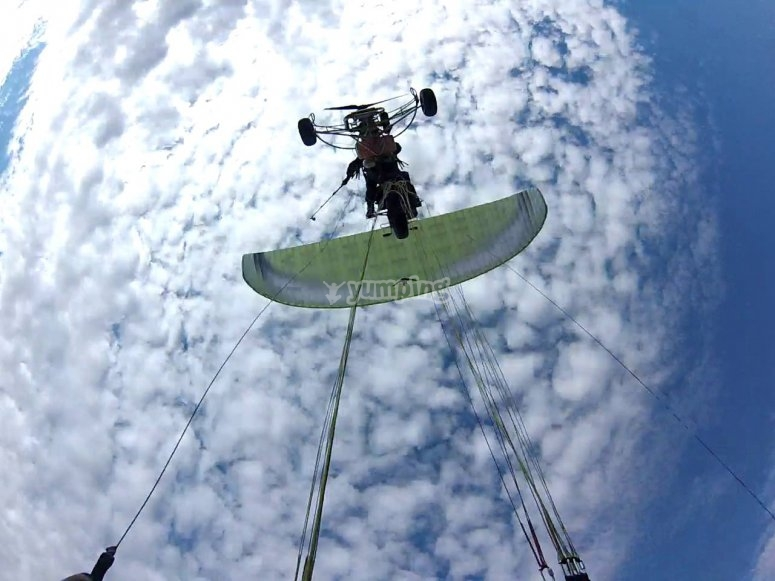 Flying on a paramotor