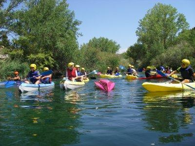 在昆卡和住宿的独木舟筏和峡谷漂流