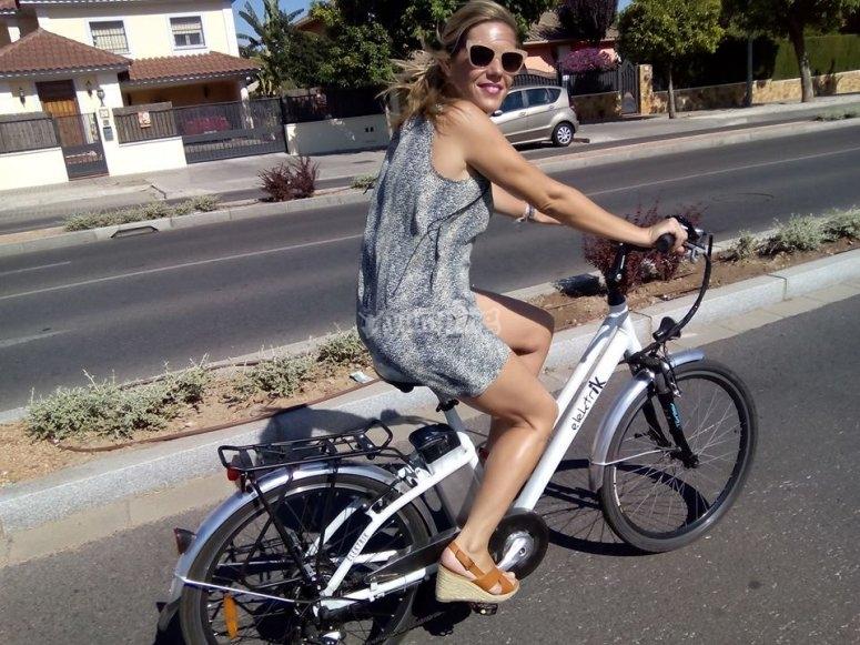 Paseando por el camino de bicis