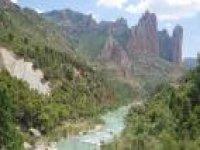 Senderismo en torno al río Gállego