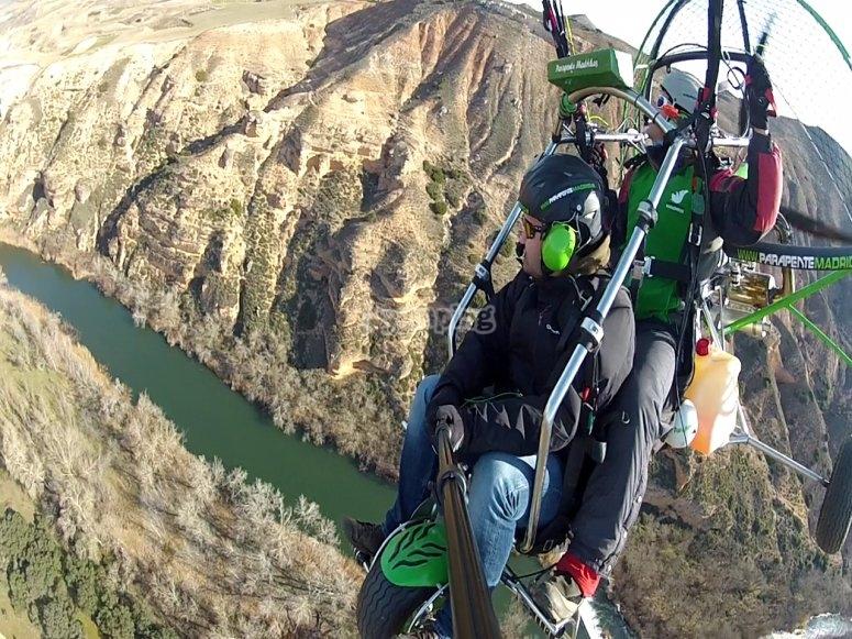 体验动力伞