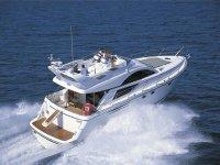 Noleggiare yacht per team building