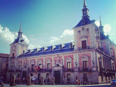 Gymkana a Madrid attraversa il centro e le tapas