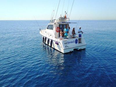 Salida de pesca en barco exclusivo Cambrils 4h