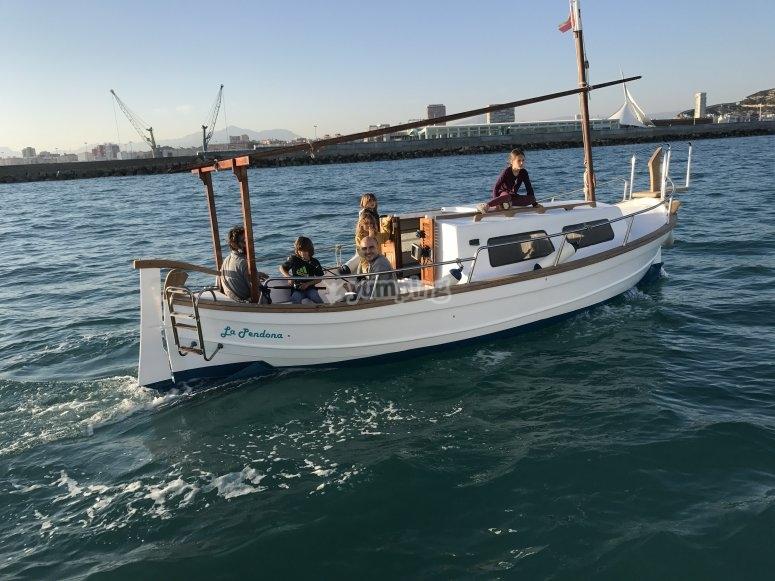 Alquila un barco menorquín