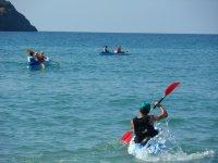 Canoas en el mar