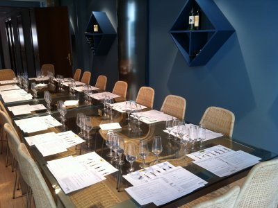 Tasting course in a winery in Barcelona